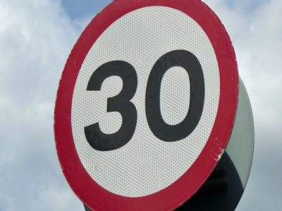 30mph-speed-sign